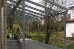 Stahlcarport mit Glasdach